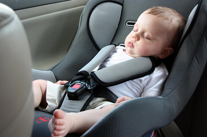 children in car seats